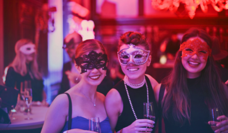 8 steps to staying safe when throwing the Christmas party